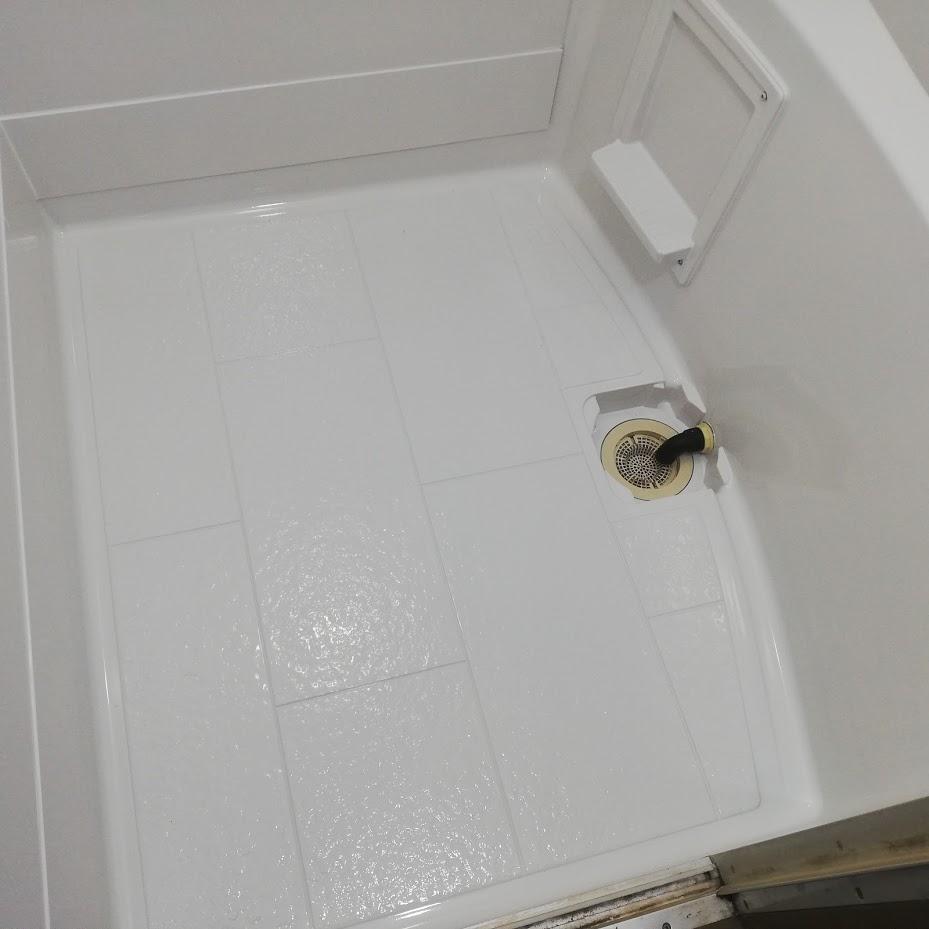 大口町アパート浴室塗装